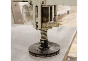Станок шлифовальный колено–рычажный MS-2600А с пневматическим дожимом инструмента - фото 2